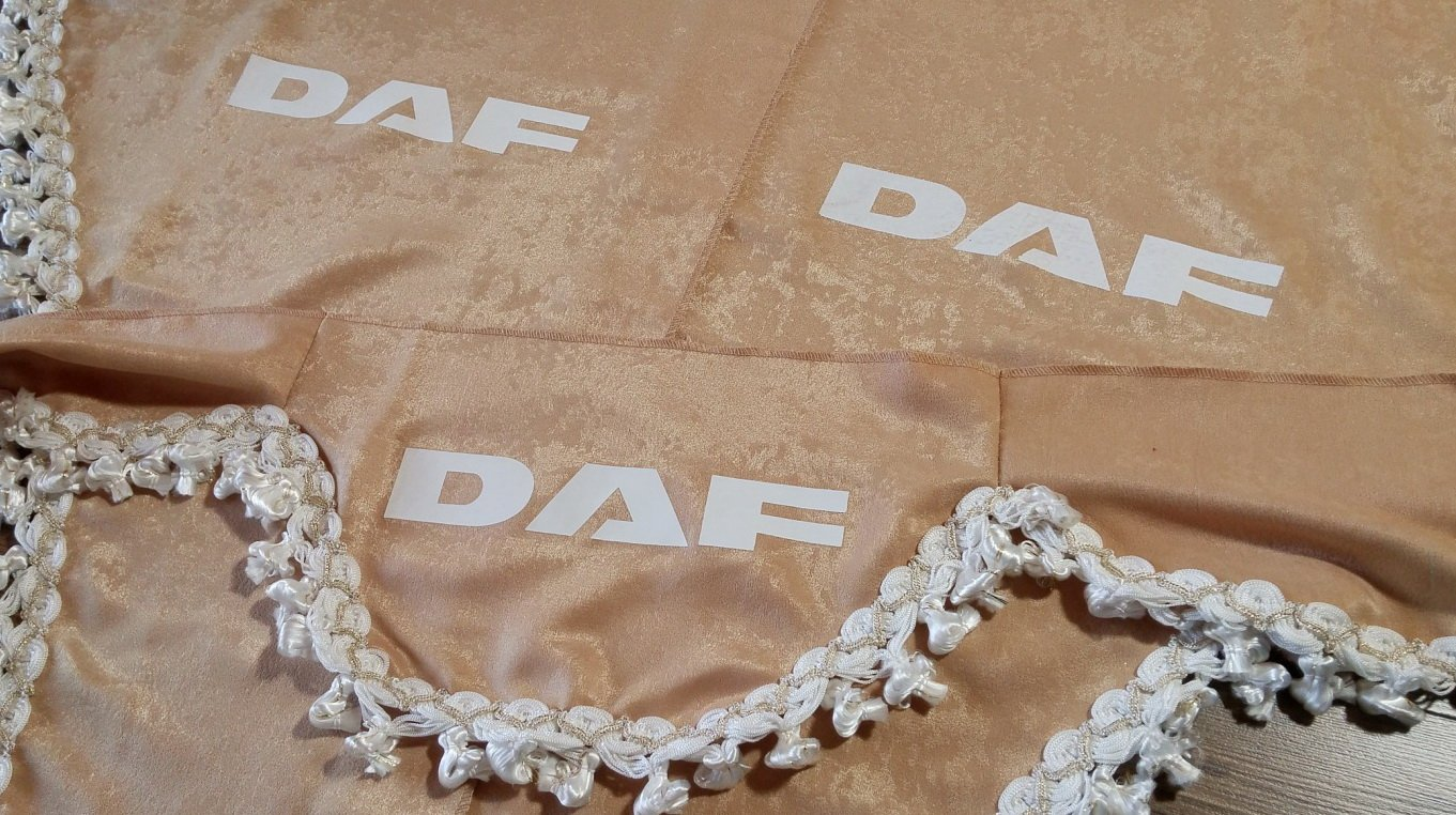 Set di 3/tende beige con bianco nappe taglia universale adatta per tutti i modelli camion accessori decorazione peluche tessuto
