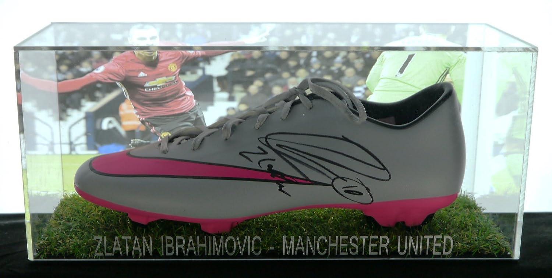 1678240e444 Football FMS Steven Gerrard signed boot in an acrylic box with COA