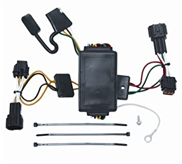 71gmHgmXqJL._SX355_ amazon com vehicle to trailer wiring harness connector for 09 12 plug and play trailer wiring harness at sewacar.co
