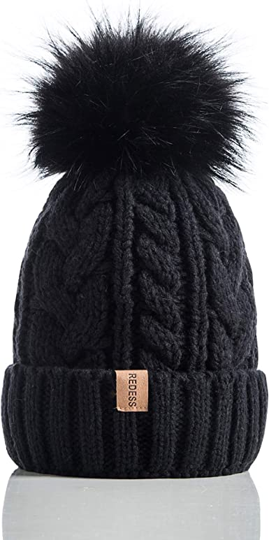 Wool slouchy beanie Hand knit beanie Unisex Men beanie with pompom Two colored Womens winter hats Bobble hat Chunky ski hat Black and white