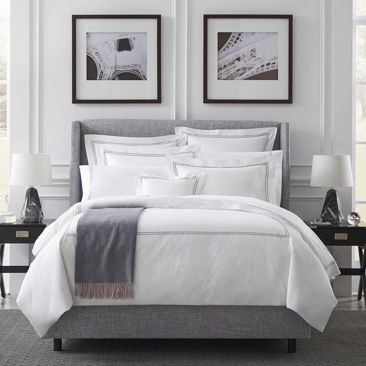Grande Hotel by Sferra - King Flat Sheet 114x114 (White/Aqua) by Sferra
