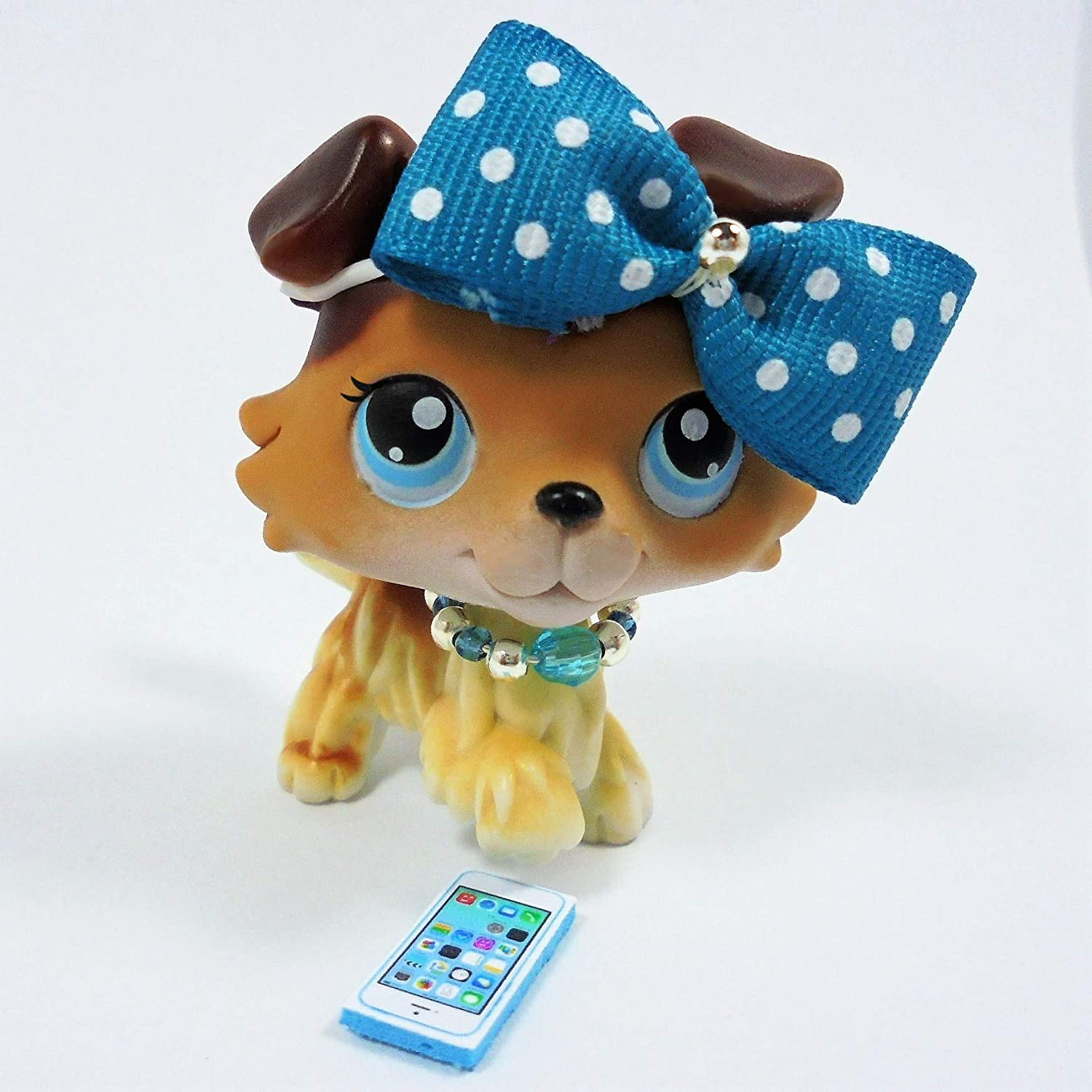 Littlest pet shop accessories LPS clothes 1bow 1necklace 1phone. CAT NOT INCLUDED