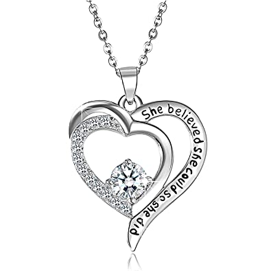 06bc4dbb6b3a Aroncent Damen Kette 925 Sterling Silber Halskette Anhänger Herz Zirkonia  She belived She Could so She Did mit Geschenk-Box für Frau Mädchen Mutter  ...