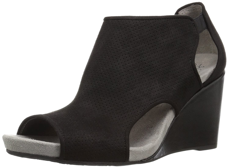 LifeStride Women's Hinx Wedge Sandal B071WTJCMG 5 B(M) US|Black
