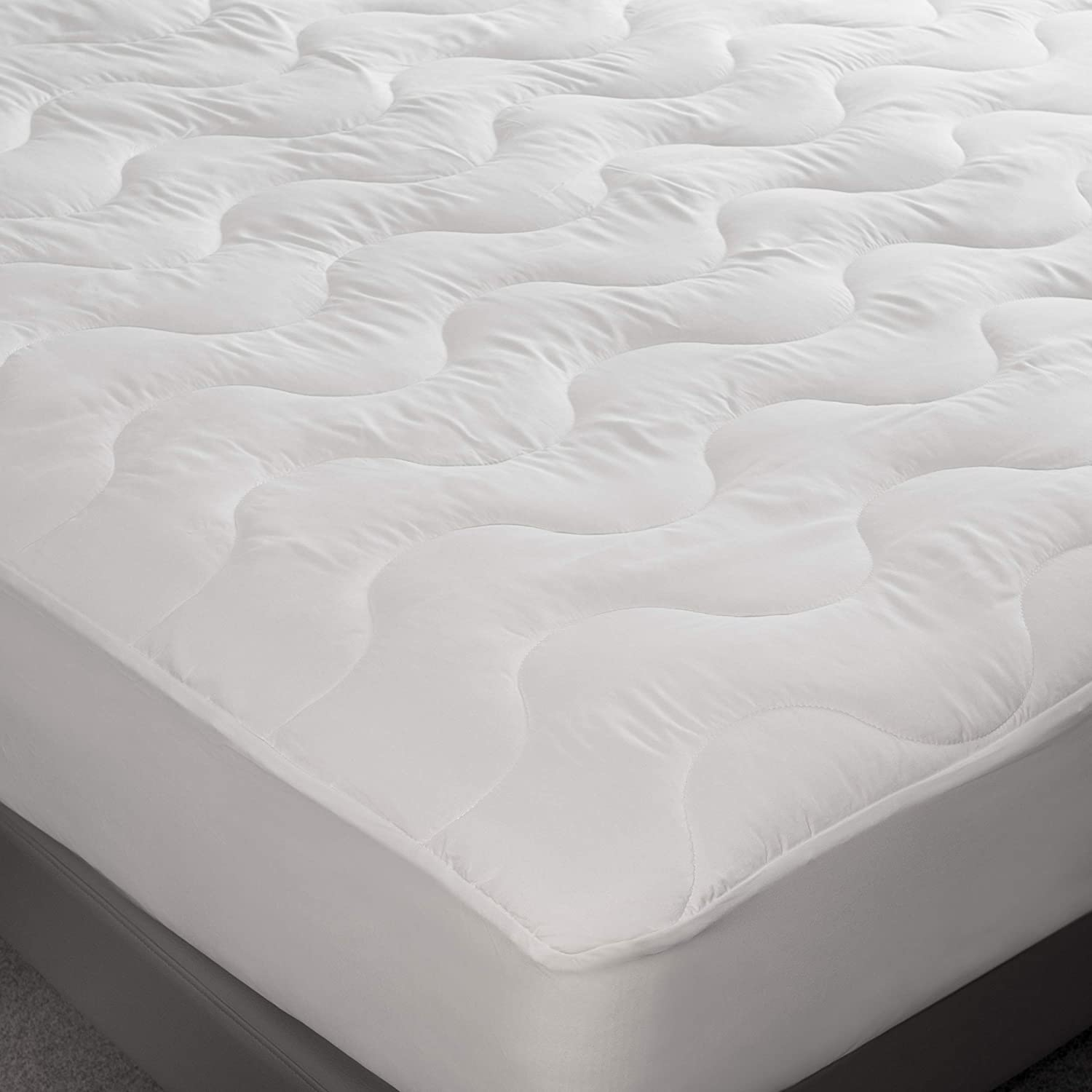 Amazon Com Feelathome Hypoallergenic Fitted Mattress Pad Topper