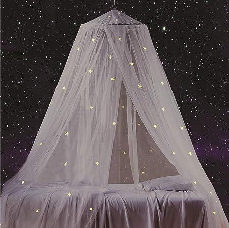 EL DOSEL TIENE 76 ESTRELLAS FLUORESCENTES. Las estrellas brillantes no dejarán de brillar durante to