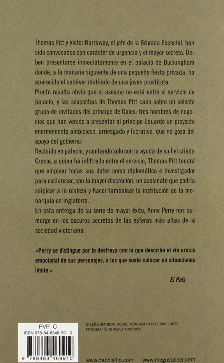 UN CRIMEN EN BUCKINGHAM PALACE (Spanish Edition)