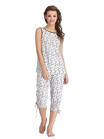 c75667c4d0 Clovia Women s Printed Sleeveless Top   Capri Nightwear Set - White  (LS0086P18 White X-Large)