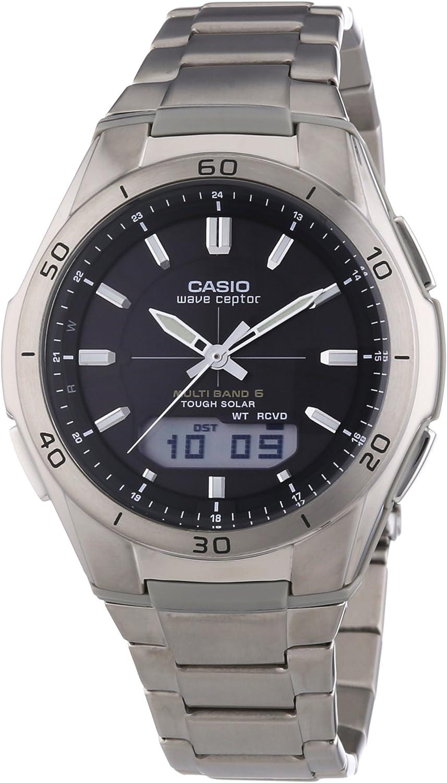 Casio WAVE CEPTOR Reloj Radiocontrolado y solar, Caja de titanio y resina, Negro, para Hombre, con Correa de Titanio, WVA-M640TD-1AER