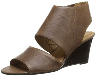 9700c6743a31 Franco Sarto Women s Kressa Wedge Sandal