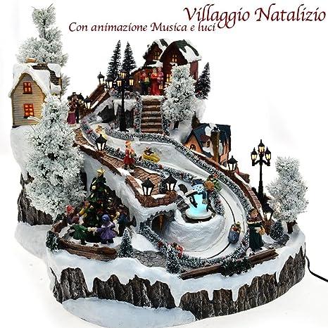 Immagini Natale Movimento.Bakaji Villaggio Natalizio Musicale Innevato E Animato Scenario Di