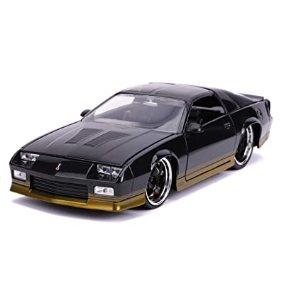 Jada JADA Toys Big TIME Muscle 1985 Chevy Camaro 1:24 Scale DIECAST CAR Black with Gold Trim (31457): Toys & Games