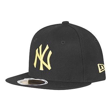 140d7fb2b3dab New Era Kids New York Yankees 59Fifty Cap in Black Yellow-Flat  Brim-Perforations  New Era  Amazon.co.uk  Clothing
