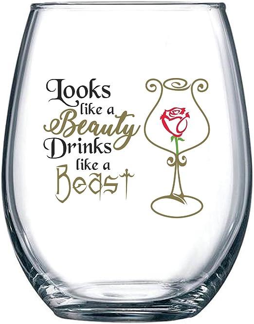 Amazon.com: Parece una belleza, bebidas como una bestia ...