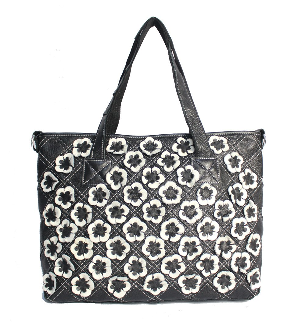 UHUBBG Female Bag Flower Shoulder Messenger Bag Retro Stitching Style Length 37Cm Thickness 14Cm Height 30Cm Black And White