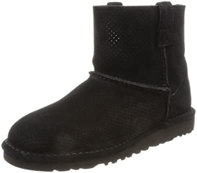 black ankle uggs