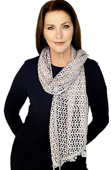 07c338fec2058 GRAY WOMEN GIRL CROCHET SCARF WITH TASSELS(QH-351-4-04) at Amazon ...