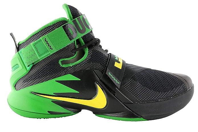 the latest e40b0 ac6a6 Amazon.com   Nike Mens Zoom Soldier 9 IX PRM Lebron Oregon Ducks Black  Green 749490-073 (10)   Basketball