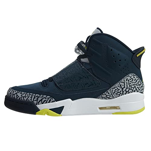 b10705fef438 Amazon.com  Jordan Men s Son of Mars Basketball Shoes  Jordan  Shoes