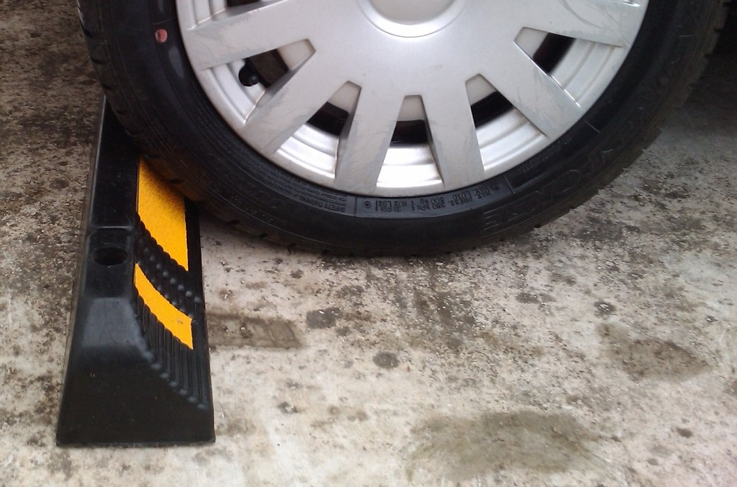 Parking Stopper for Garage Floor, Blocks Car Wheels as Parking Aid and Stops the Tires, acting as Rubber Parking Curbs that Protect Vehicle Bumpers and Garage Walls, 23.6''x4.7''x3.9'' (Pack of 2) by SNS SAFETY LTD (Image #5)