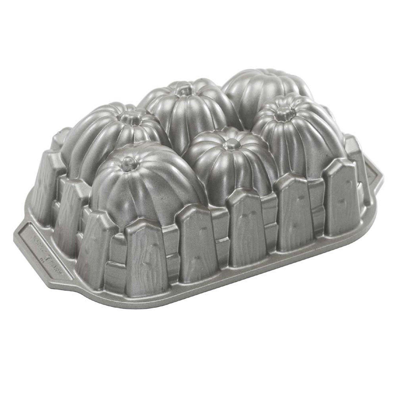 New Nordic Ware Pumpkin Patch Harvest Loaf Bundt Cake Pan