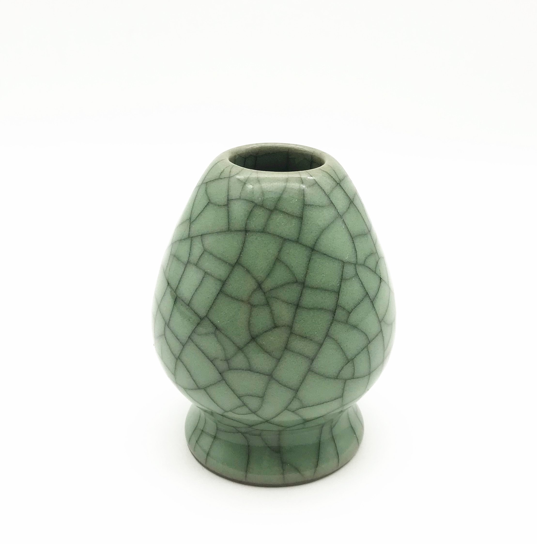 CHAQI Ceramic Matcha Whisk Holder Chasen Stand (Green With Black Cracked Glaze)