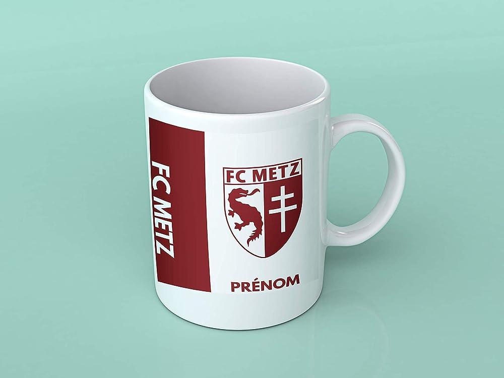 Tasse personnalisable et originale Cadeau personnalis/é pour les amateurs de foot Mug tasse personnalis/é Juve et pr/énom