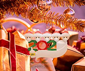 Shaper Corset Personalized Christmas Decorations Ornaments 2020 with Green Family Hanging Ornaments Xmas Gifts for Home Decor (Family 5)