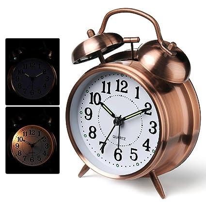 Despertador, reloj de alarma antiguo Despertador clásico de ...