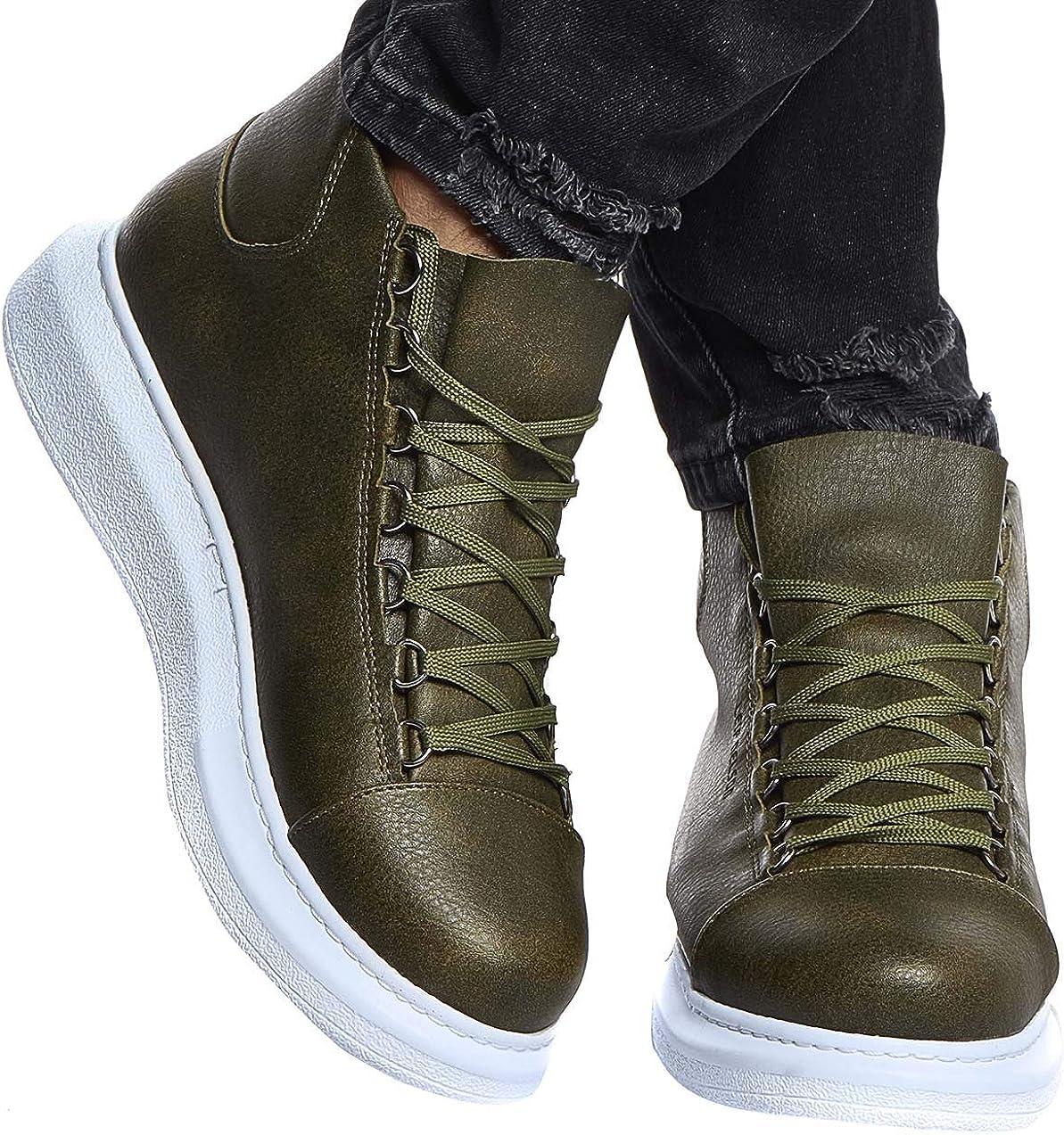 Test Boots, Stiefel und Sneaker für Motoradfahrer großer