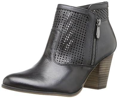 Amazon.com   Bella Vita Women's Kona Boot, Black, 8 N US   Ankle & Bootie