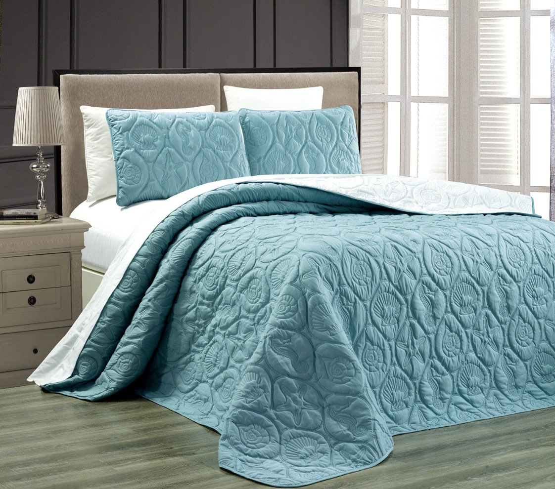 3-Piece Tropical Coast Seashell Beach (California) Cal King Oversize OVERSIZE Bedspread SPA BLUE / WHITE Reversible Coverlet Embossed Bed Cover set. Sea Shells, Sea Horse, Starfish etc.