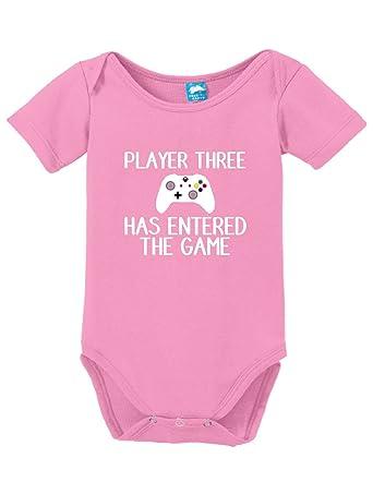 Amazon.com: Jugador 3 ha entrado en el juego impreso bebé ...