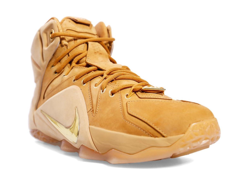 brand new 5bd6e b2055 Amazon.com  Lebron 12 EXT  Wheat  - 744287-700 - Size 8  Shoes