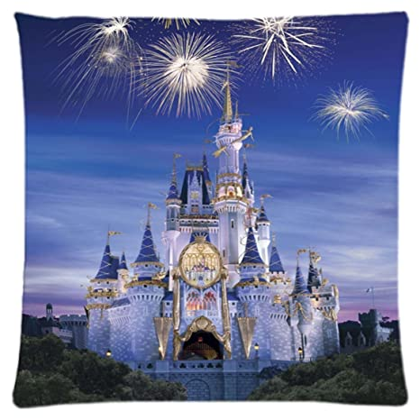 Amazon.com: Disney castillo ~ Durable Unique Throw almohada ...