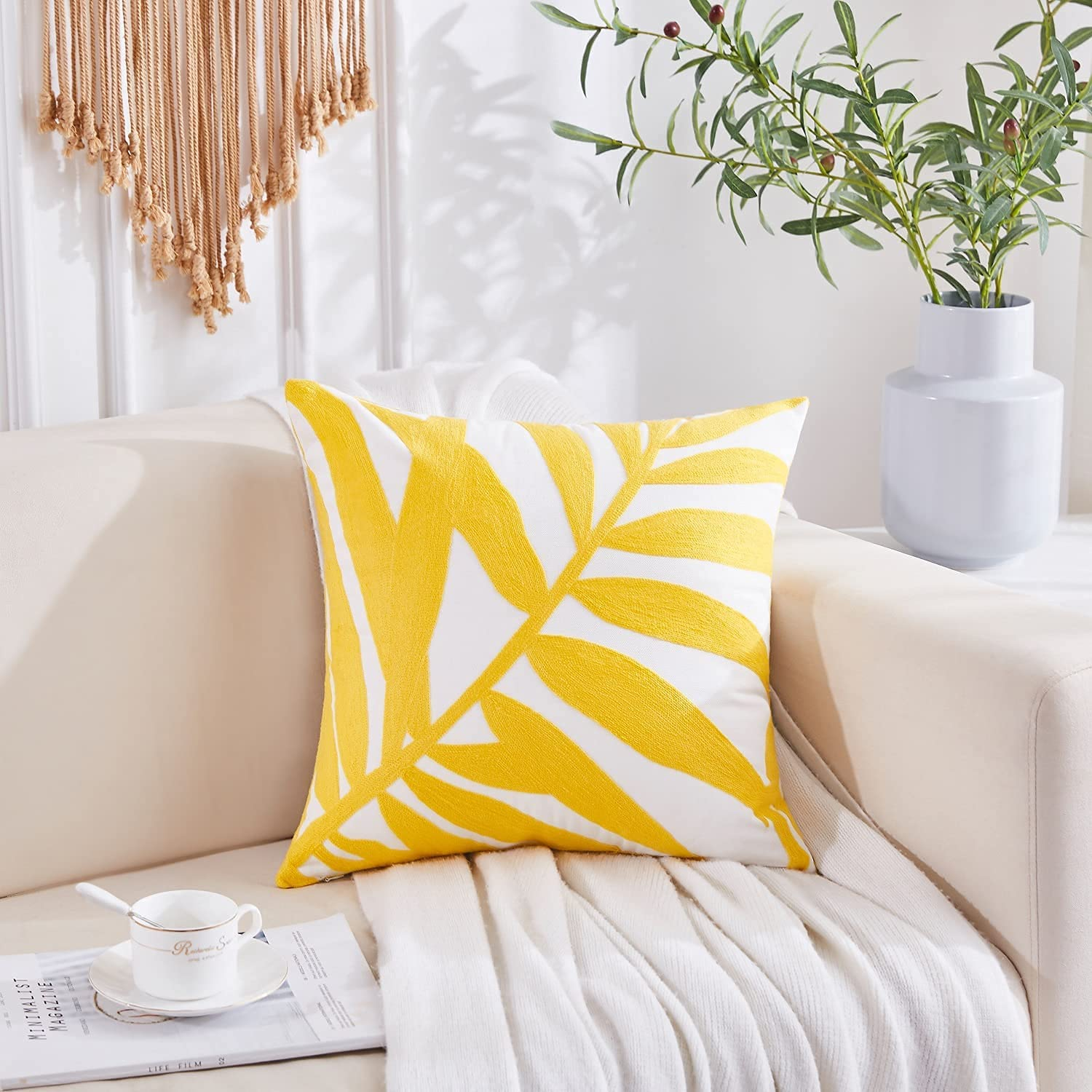 Embroidered throw pillow covers 18X18 decorative farmhouse for living room outdoor pillows for patio furniture throw pillows for couch cojines decorativos para sala fall decor for home Christmas Chair