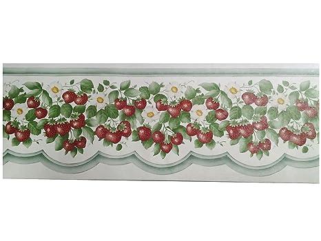 Fascia alta per cucina con fragole e fiori su fondo bianco e bordo ...