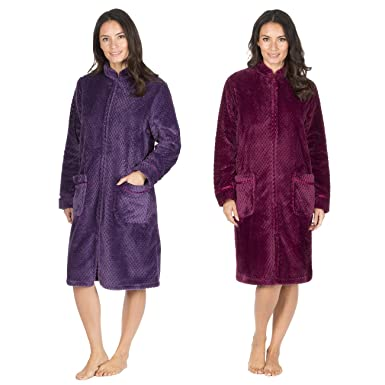 Forever Dreaming Ladies Waffle Fleece Dressing Gown - Zip Up Fluffy  Housecoat  Amazon.co.uk  Clothing 28f51e306