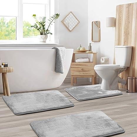 white sponge thick 3 bath mat