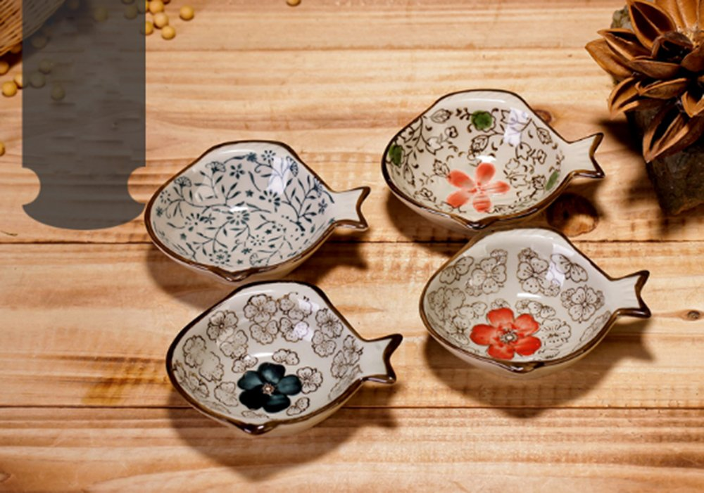 XDOBO Handmade Ceramic Condiment Dish Plate Cute Fish Shape Sauce Vinegar Sushi Dishes, Set of 4