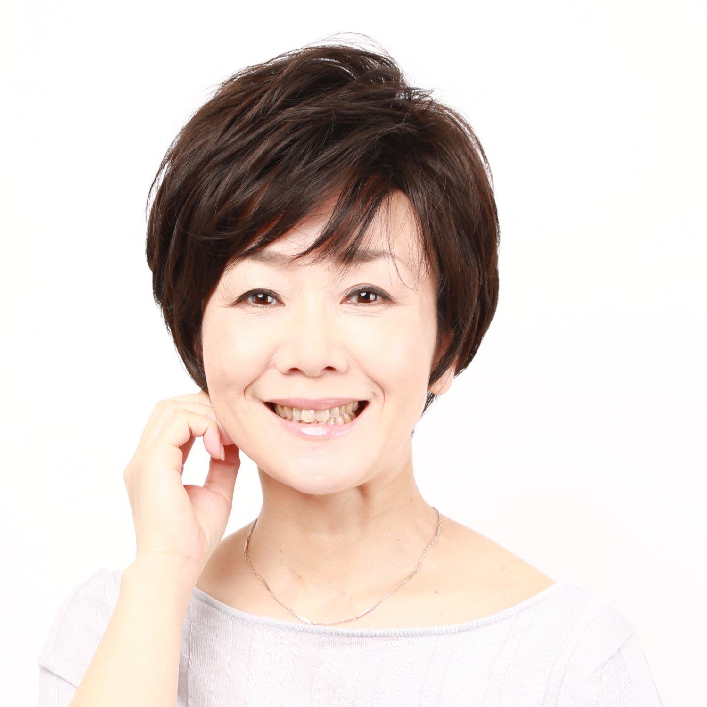 Igennki Top Quality Heat Resistant Synthetic Fiber Hair Short Feminine Layered Wig for Women S004 (N2 Natural Black) by igennki