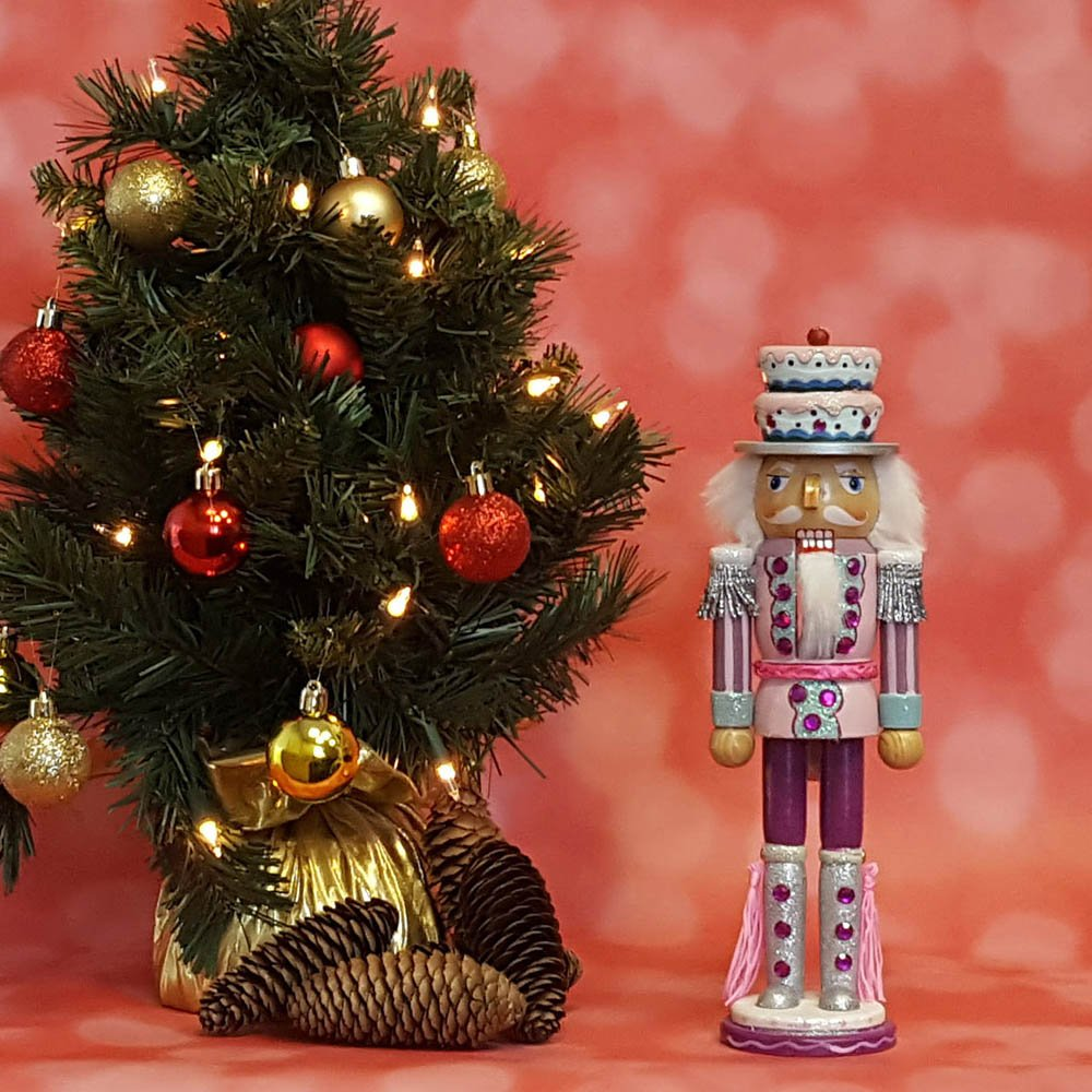 Amazon.com: Christmas Holiday Wooden Nutcracker Figure Soldier with ...
