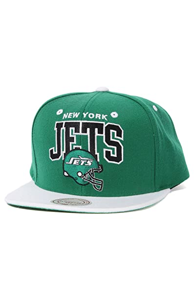 Amazon.com   Mitchell   Ness Men s The New York Jets Throwback Arch Snapback  Cap One Size Green   Sports Fan Baseball Caps   Clothing 4a591cd0ea78