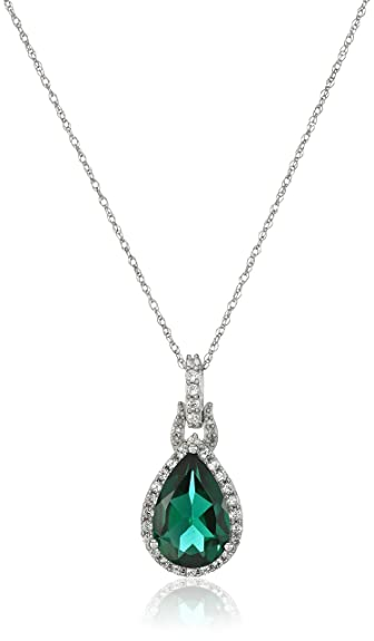 halo f white pendant gold lg necklace in emeraldia emerald diamond