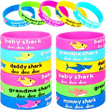 Amazon.com: 24 pulseras de goma para fiestas de tiburón ...