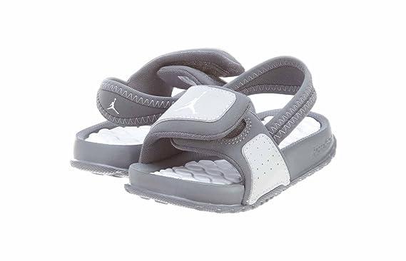 online store 37d2b 33555 Nike Damen Pro 2,5  Short II Stil 458653–371 Größe XL Amazon.de  Bekleidung