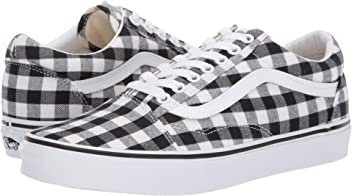 9134c7f807dab1 Vans Unisex Old Skool Classic Skate Shoes
