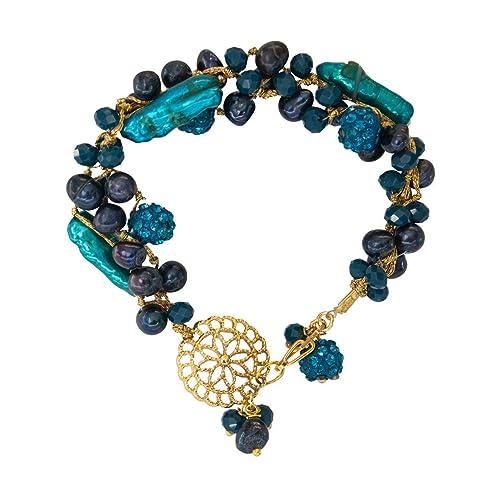 868ec249bc25 Pulsera para Mujer de 3 Hilos en color azul, perlas cultivadas, cristales  checos y dije de flor en chapa de oro de 14K