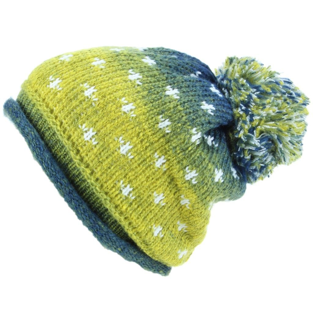 bd469838c3f Hawkins Chunky Knit Colour Fade Slouch Beanie Bobble Hat with Snow Pattern  - Blue   Yellow  Amazon.co.uk  Clothing