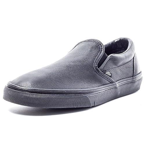 751684435eb Vans Classic Unisex Leather Shoes Black Black - 5 UK  Amazon.co.uk ...